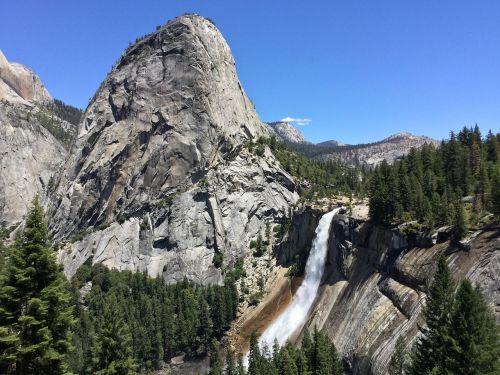 nevada falls rock water