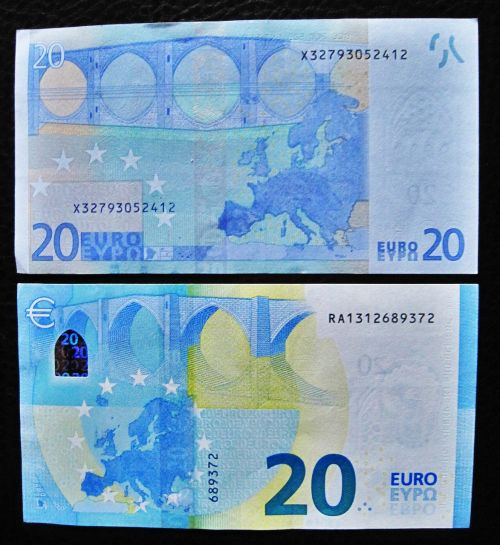 new and old twenties 20 euro back