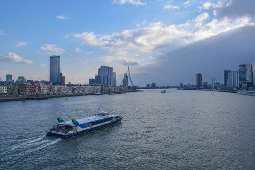 new mesh  river  rotterdam