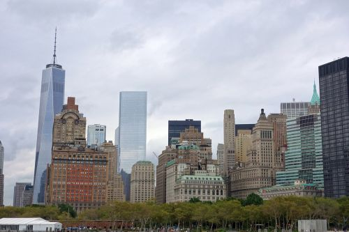 new york skyline ferry