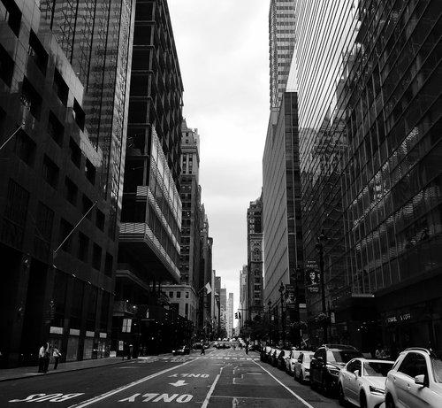 new york  metropolis  black and white