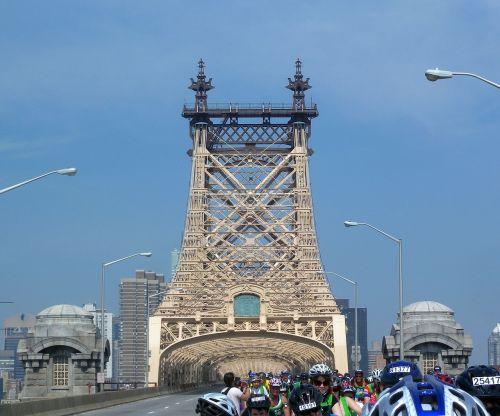new york city urban bridge