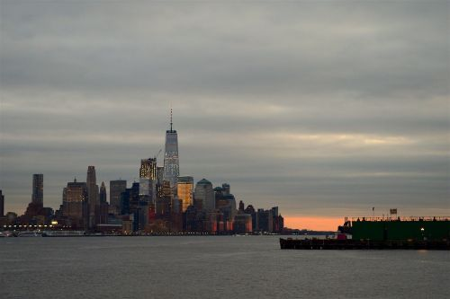 new york city skyline twilight