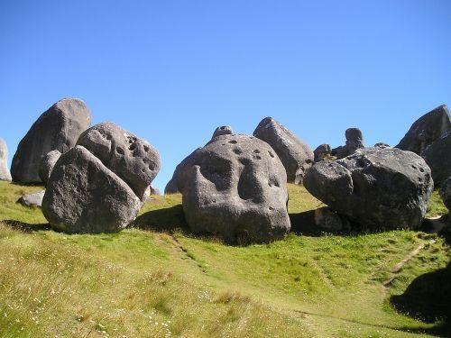 new zealand rock boulders