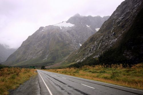 new zealand road mountain