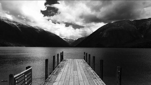 Naujoji Zelandija,prieplauka,ežeras