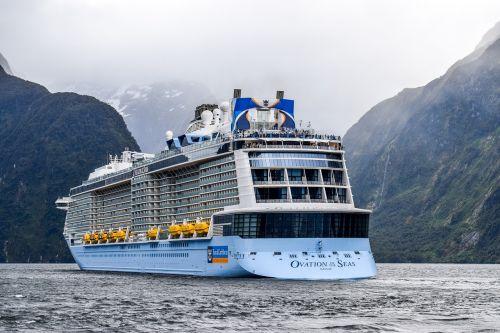 new zealand queenstown fjord