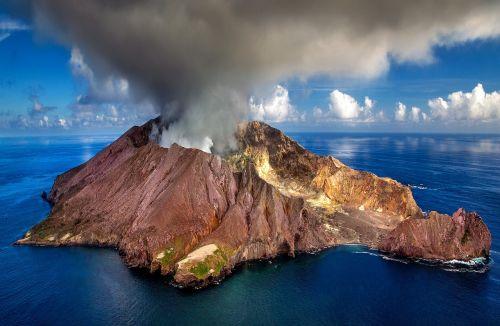 new zealand white island island