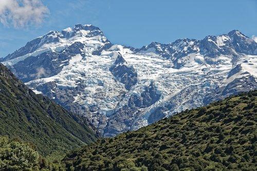 new zealand  aoraki mount cook national park  mount sefton