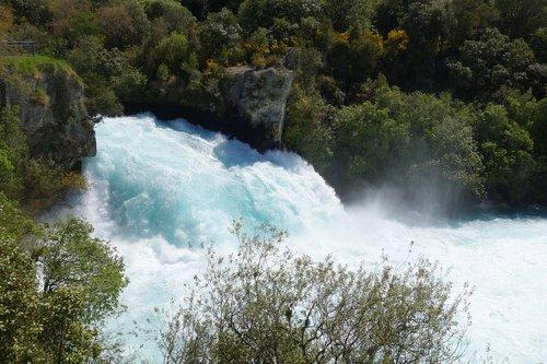new zealand  taupo  huka falls