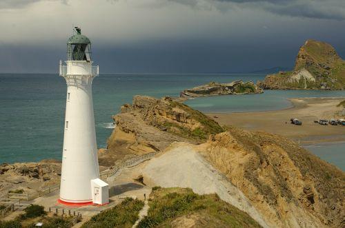 new zealand landscape lighthouse