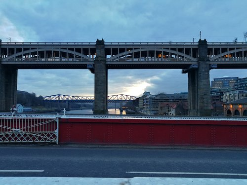 newcastle upon tyne  bridges  swing bridge