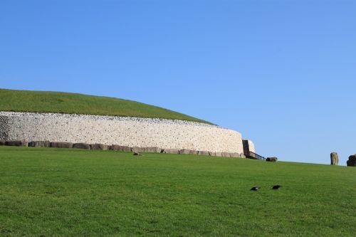 newgrange ireland stone