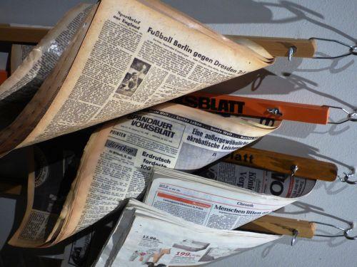 newspaper magazine magazines