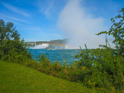 niagara rainbow waterfalls
