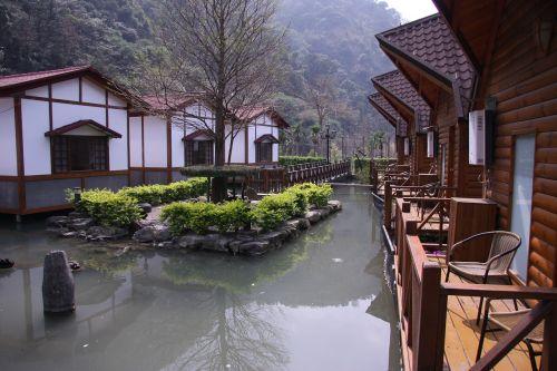 gražus vaizdas į namus,transliacijos,architektūra