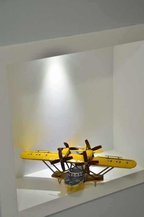 niche lighting plane