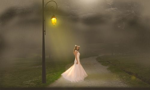 night lamppost fog