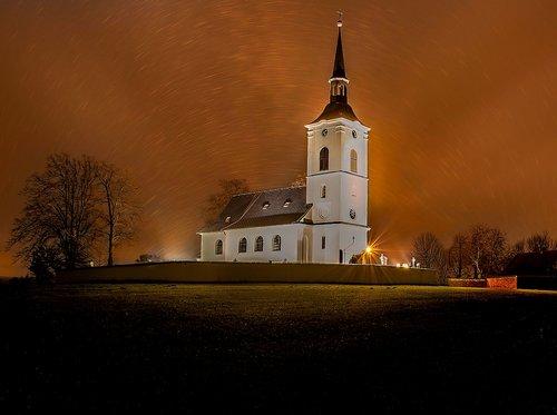 night  church  sta