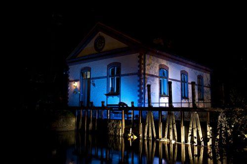 house lighting night