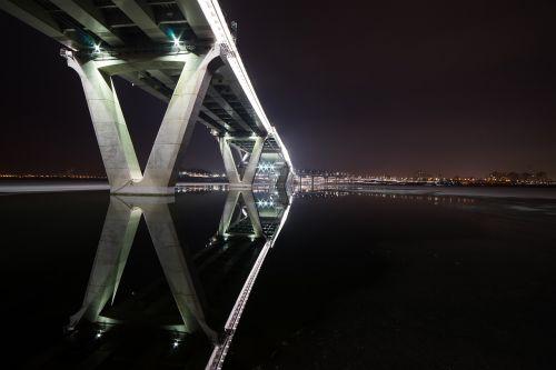 night view amsa bridge seoul
