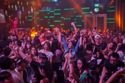 nightclub  crowd  disco
