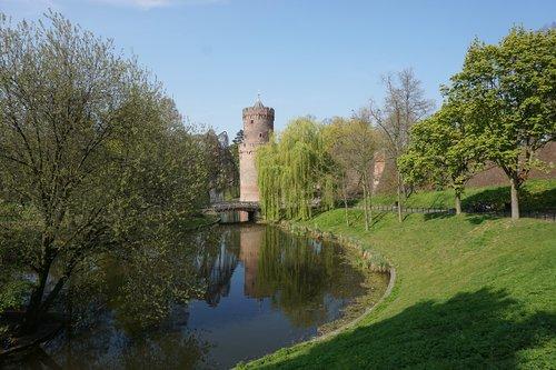 nijmegen  park  defensive tower