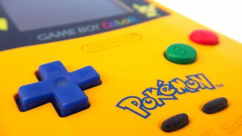 Nintendo, žaidimas berniukas spalva, konsolė, retro, vintage, rankinis, nintendo žaidimas nėščia, elektronika, technologija, žaidimų, 8 bitų, nešiojamas, geltona, pokemonas, Pikachu, kontrolė, mygtukai, d-pad, nintendo žaidimo berniukas spalvos pokemonas