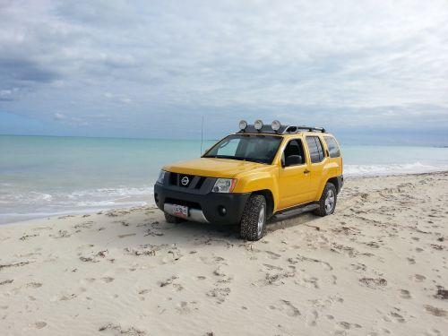 nissan jeep truck
