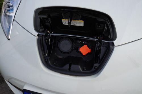 nissan leaf charging socket recharging