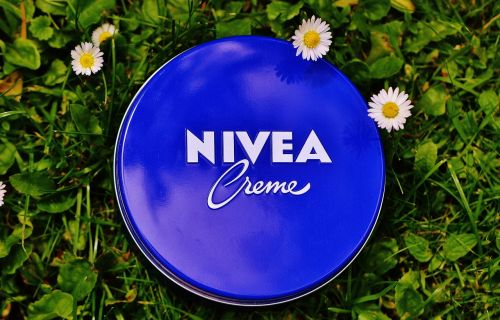 nivea cream box