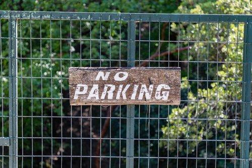 no parking  no  parking