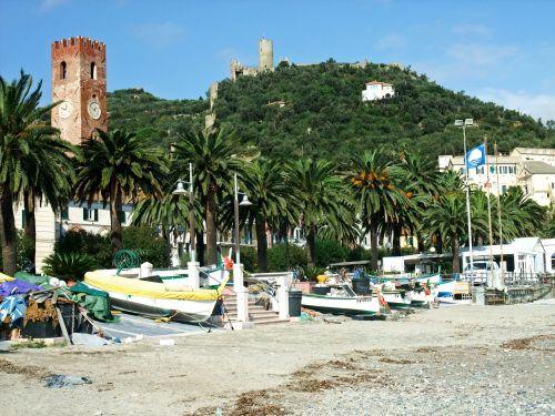 noli italy beach