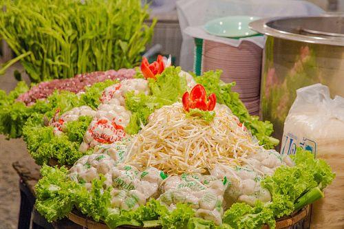 noodles meatballs bean sprouts