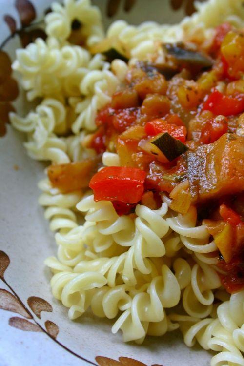 noodles pasta vegetables
