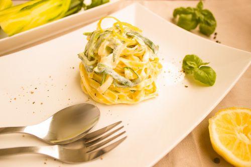 noodles zucchini lemon