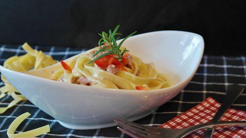 noodles linguine ham