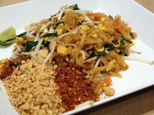 noodles stir fired pad thai