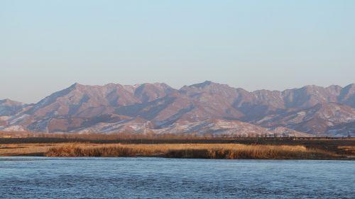 north korea winter river