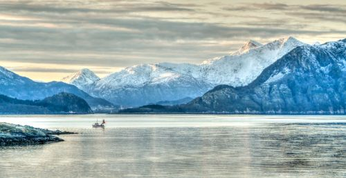 norway coastline mountains