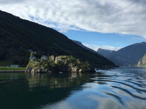 Norvegija,fjordas iš liepsnos,sala,vandens kelias,fjordas,kalnas,Skandinavija