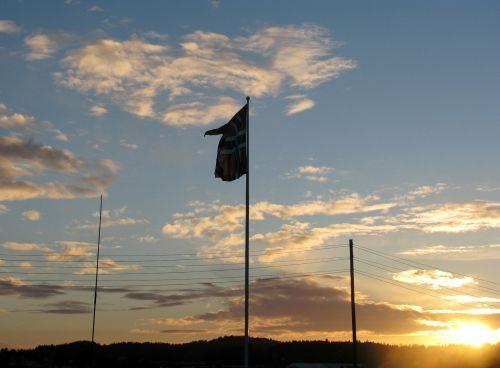 norway norwegian flag sky