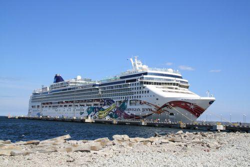 norwegian jewel norwegian cruise line norwegian