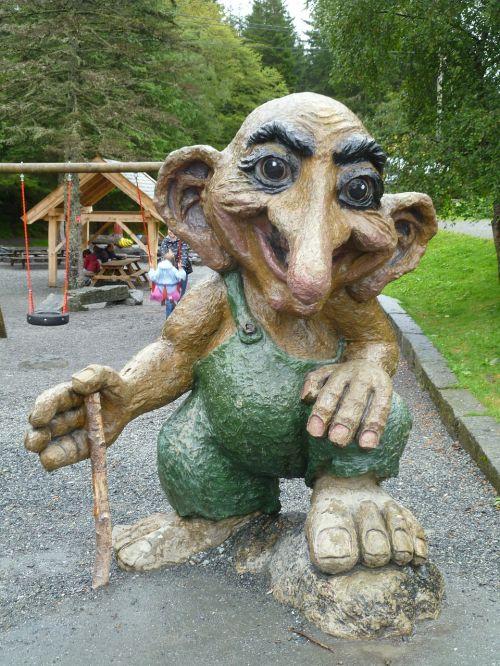 norwegian troll statue holiday