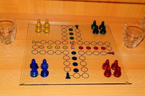 not ludo gesellschaftsspiel game characters
