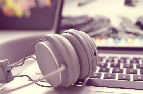 notebook laptop headphones