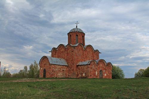novgorod churches building
