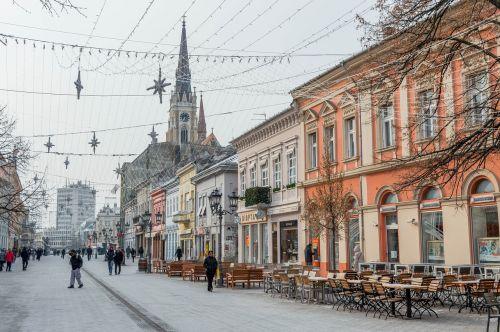 novi,liūdnas,Serbija,senas,miestas,centras,architektūra,kelionė,turizmas,pastatas,Europa,istorinis,katedra,bažnyčia,atostogos,katalikų,kultūra,pritraukimas,Kelionės tikslas,paminklas,žinomas,Miestas,miesto,miesto panorama,žiema