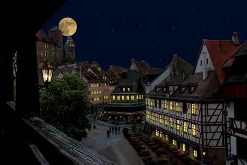 nuremberg,castle,old town,at night,moon,lights,middle ages,imperial castle,romantic,star,atmosphere,fachwerkhaus,free photos,free images,royalty free