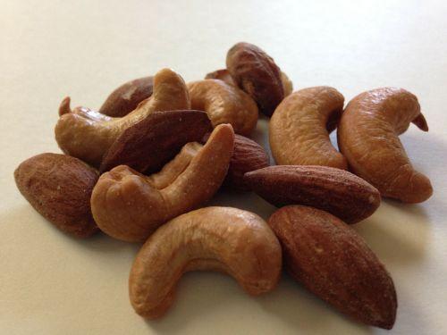 nuts cashew almond